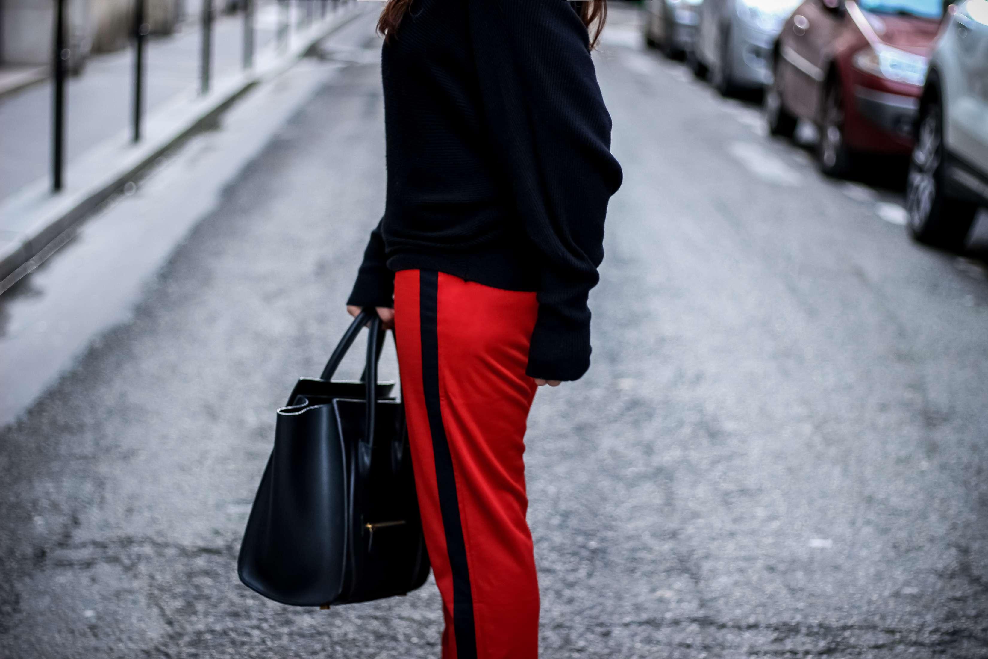 pantalon bandes, pantalon rouge, zara, new look, escarpins blanc en v, blog mode, blogueuse, the green ananas, pull noir, pull zara, stripe