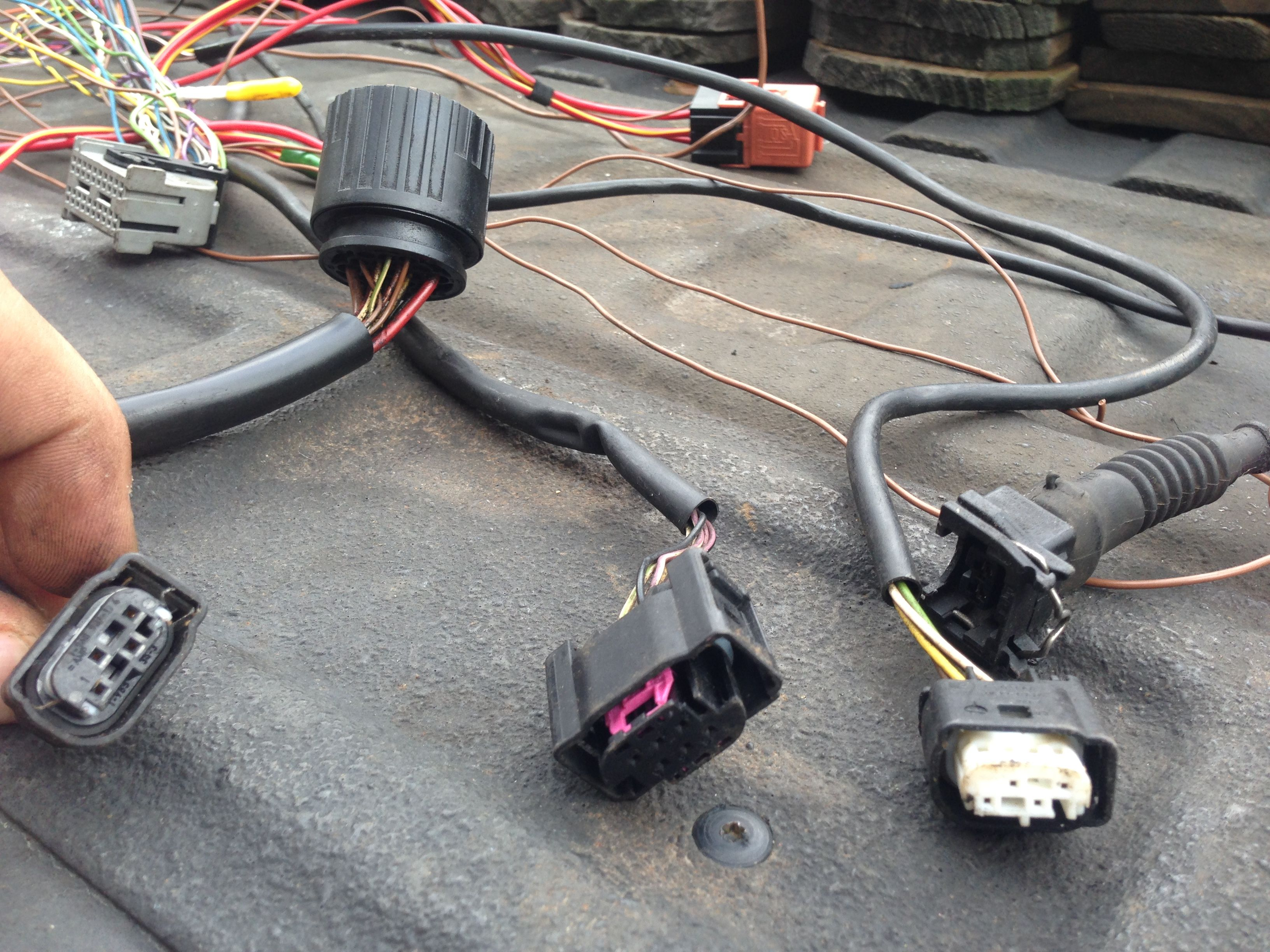 MLVL3K diy e36 s54 6 speed vs smg o2 harness can these be removed for