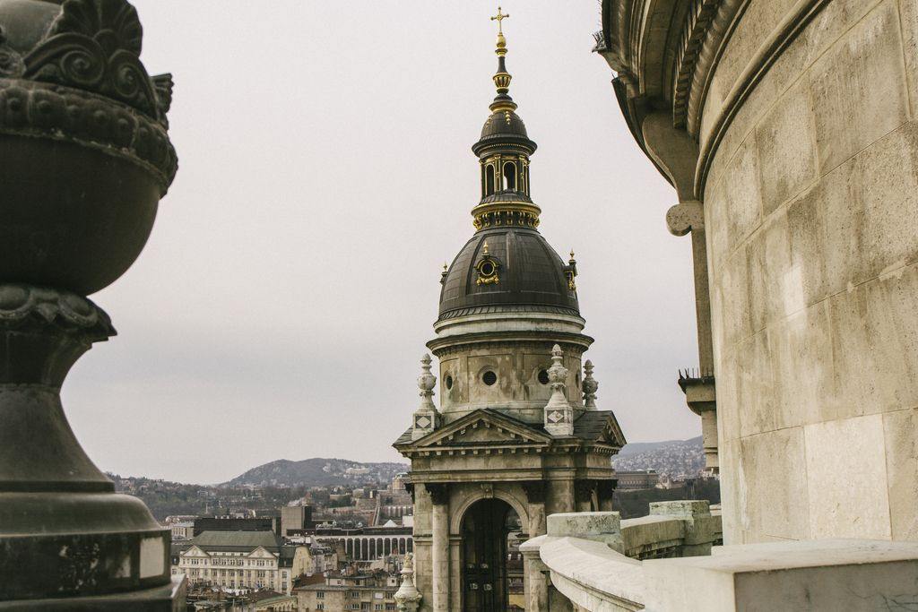 3 unique views over Budapest - St. Stephen's Basilica