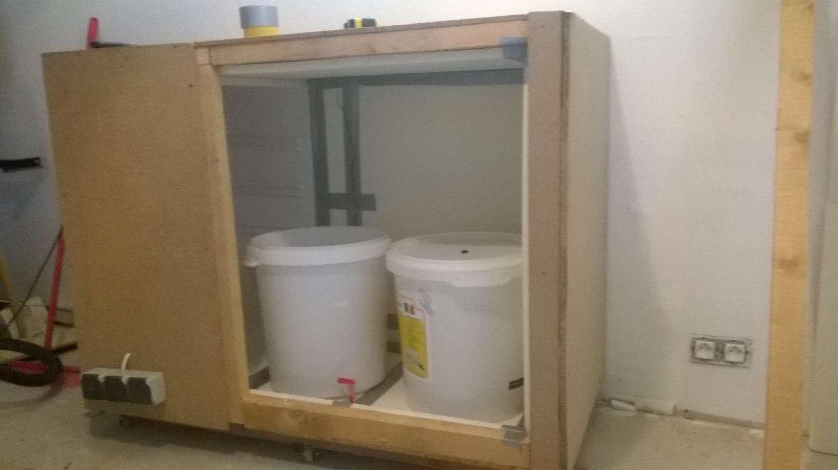 afficher le sujet chambre de fermentation diy. Black Bedroom Furniture Sets. Home Design Ideas