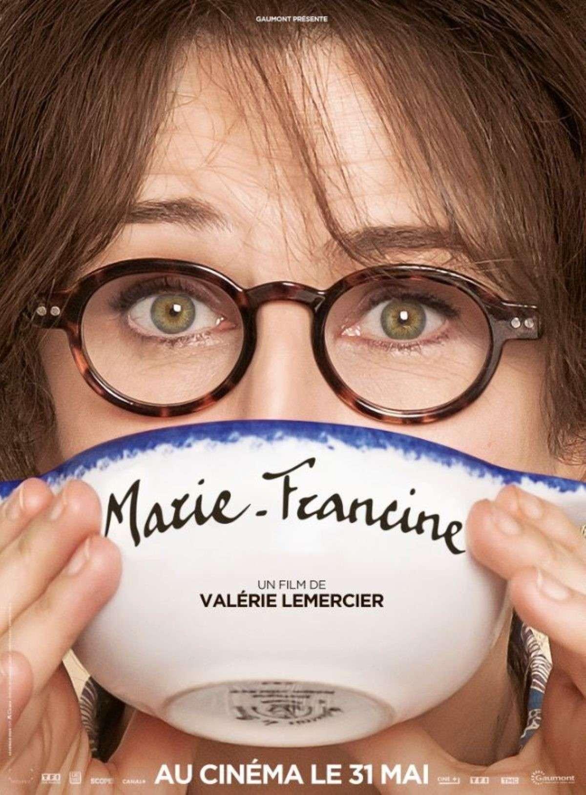 Δεσποινίς Ετών 50 (Marie-Francine) Poster