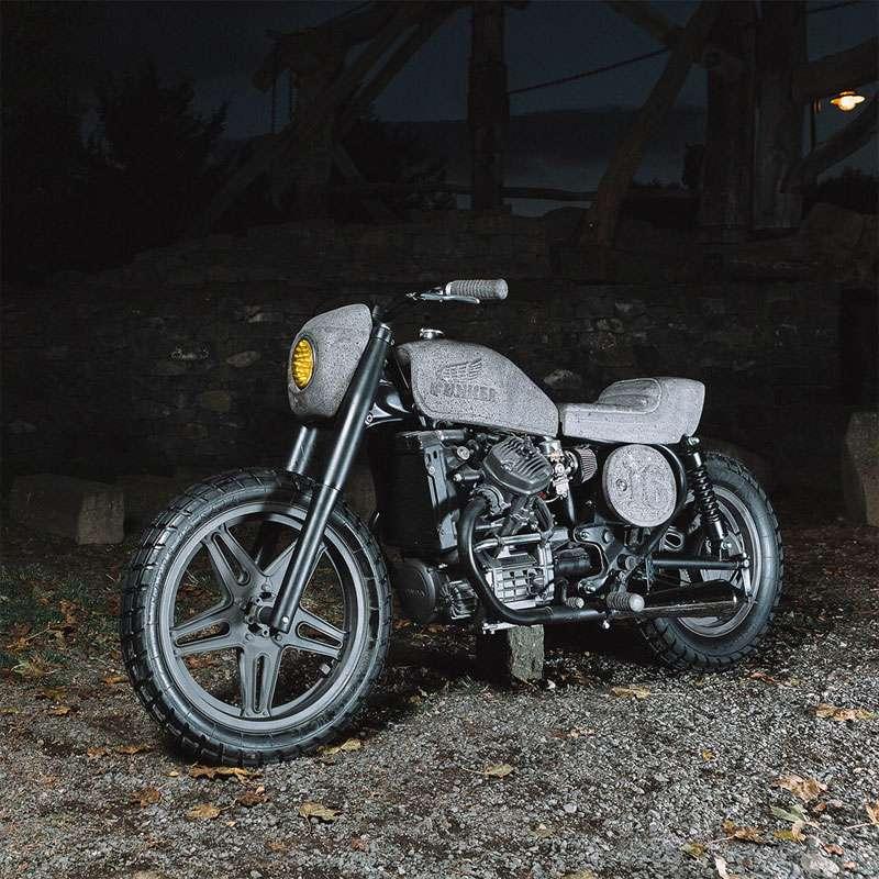 İşte size TAŞ gibi bir motosiklet. Deposu ve selesi gerçek taştan üretildi