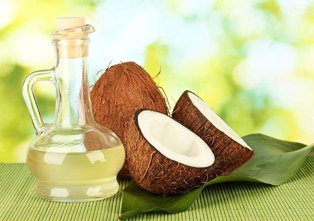 Cách chữa viêm lỗ chân lông bằng dầu dừa ngay tại nhà