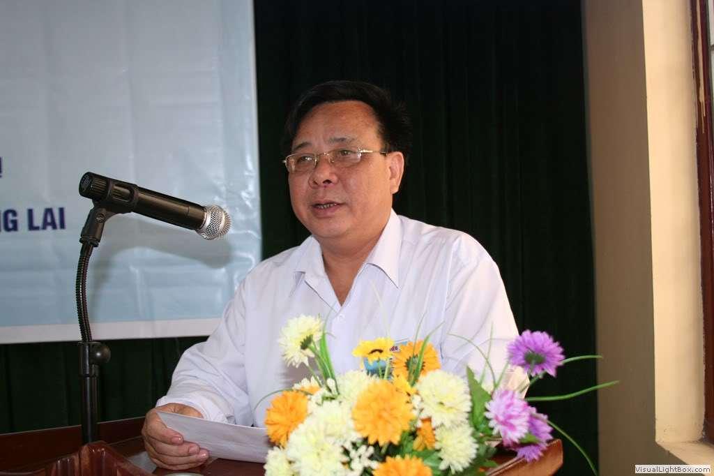 1.Chủ tịch đại hội phát biểu