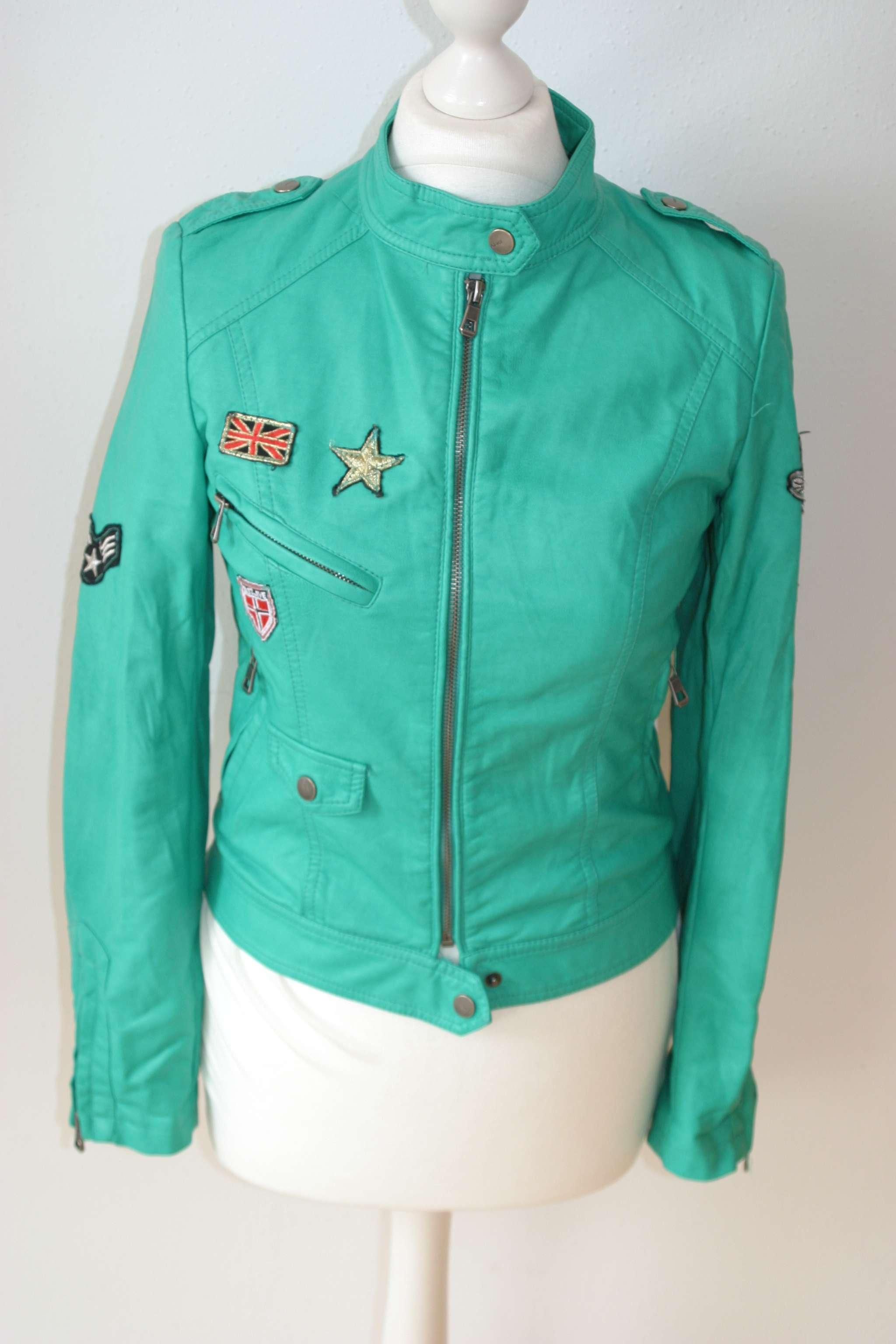 SOFTY OUTERWEAR Jacke in Leder-Optik Bikerjacke u00dcbergangsjacke gru00fcn Patches S 36 | eBay