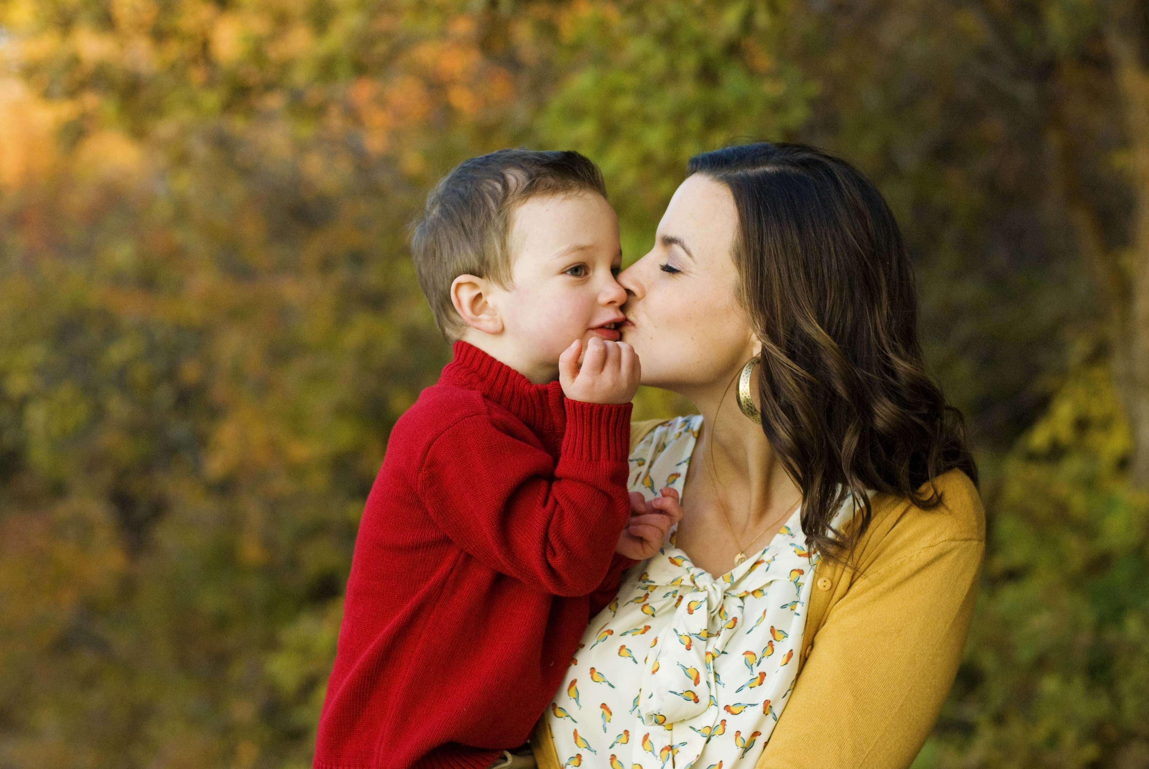 Mẹ đơn thân nổi tiếng vui với cuộc sống đa sắc màu của mình