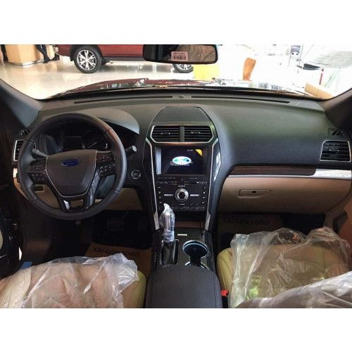 Xe Ford Explorer 23L Ecoboost tai Sai Gon Ford