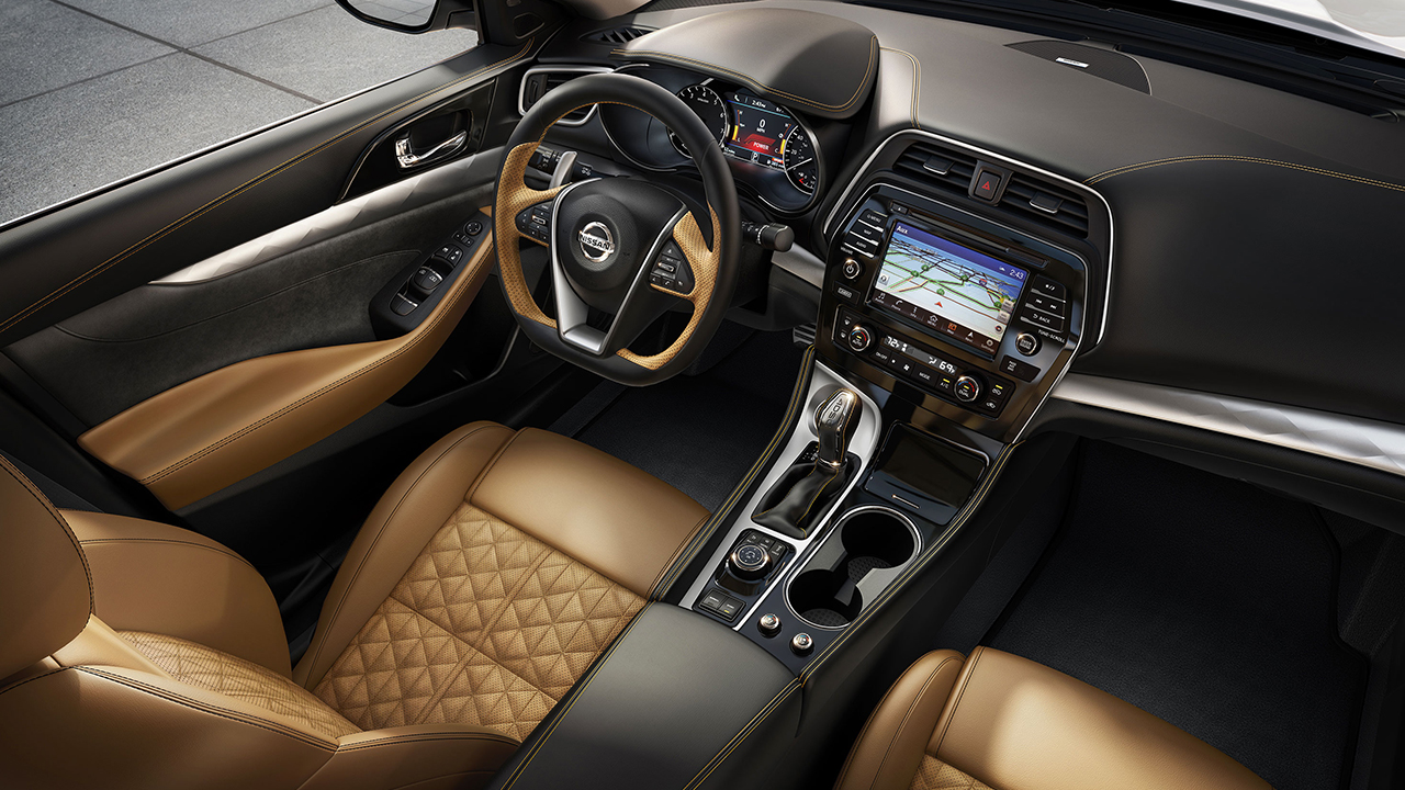 2017 Nissan Maxima Sr With Premium Camel Leather Ointed Interior