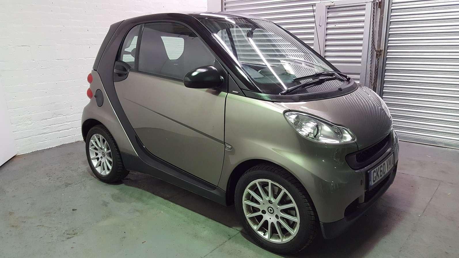 2010 smart car fortwo passion cdi diesel 799cc low mileage grey satnav rev meter. Black Bedroom Furniture Sets. Home Design Ideas