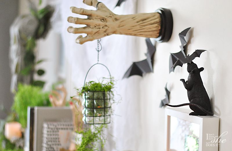 Haunted dining table wall hand