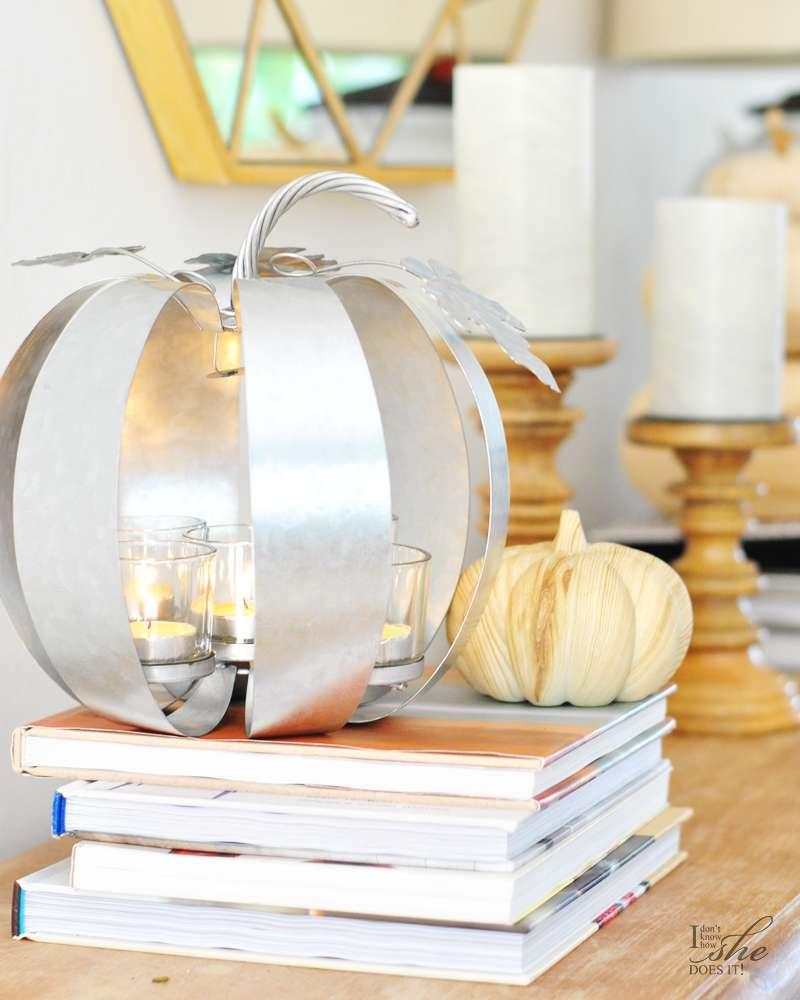 Metal pumpkin tealight holder