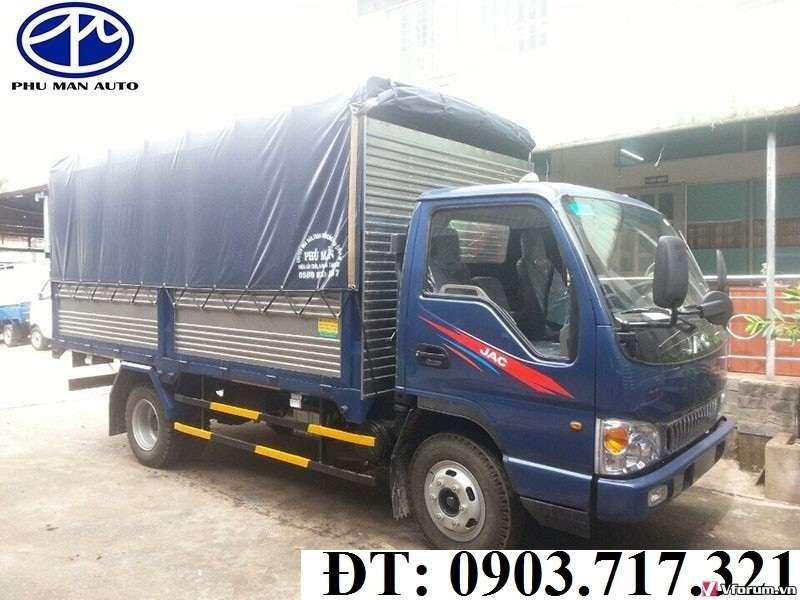 Gía xe tải Jac 2t4 (JAC 2T4) thùng mui bạt bao nhiêu. Giá bán xe tải Jac 2.4 tấn/2T4 công nghệ Isuzu