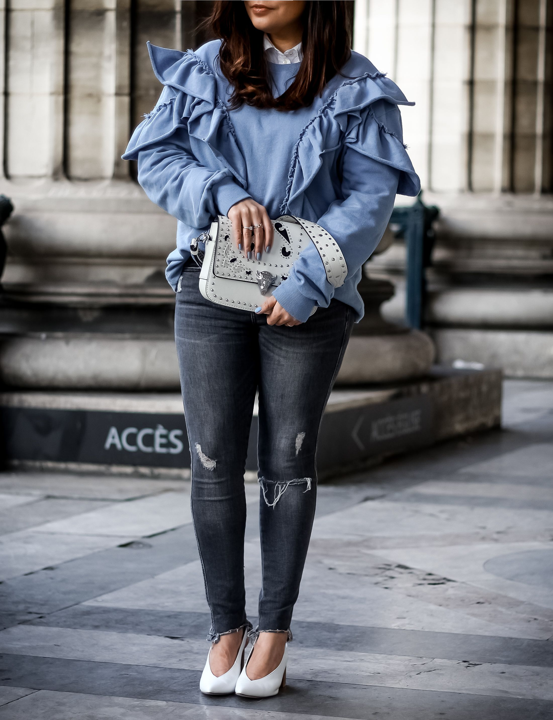 sweat volants, sweat femme, pull and bear, vans, sac zara, jean destroy, zara, la madeleine, blog mode, the green ananas, blogueuse, blue