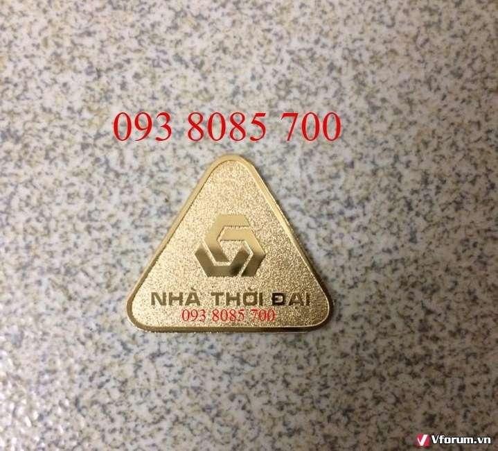 Cơ sở sản xuất huy hiệu, bảng tên nhân viên cao cấp giá rẻ 0938085700 Xưởng sản xuất huy hiệu, bảng tên đồng mạ vàng, niken, inox, nhựa theo yêu cầu giá rẻ