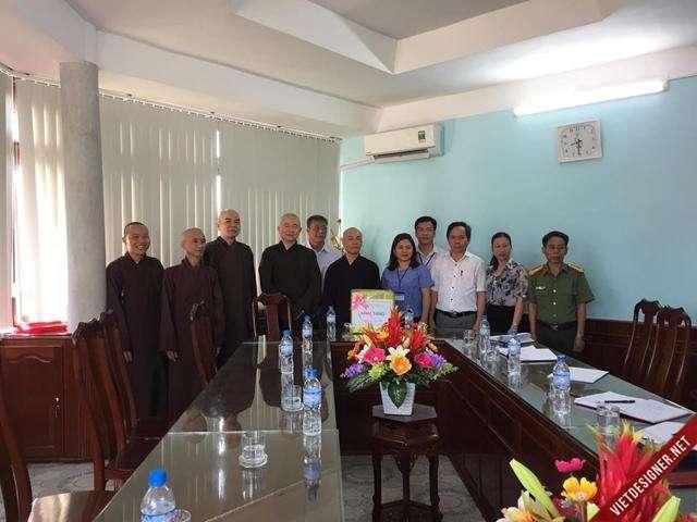 Nam Đông: Ban trị sự GHPGVN tỉnh T T Huế Thăm và làm việc với Chính quyền huyện.