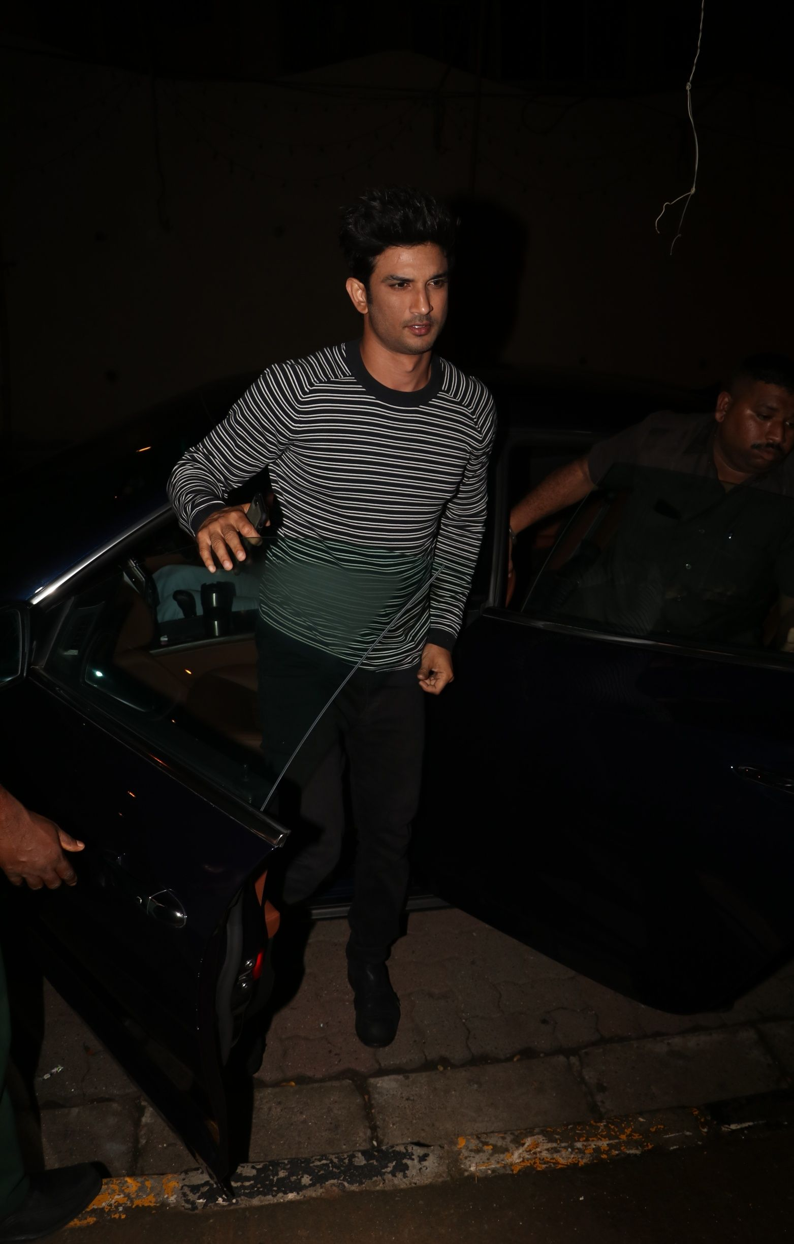 IN PICS: Kedarnath Team Head Out For Dinner