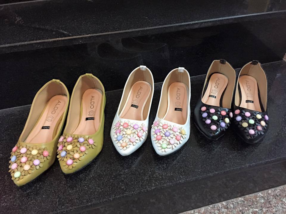 Giày búp bê đính hoa gỗ Size 36 đến 39