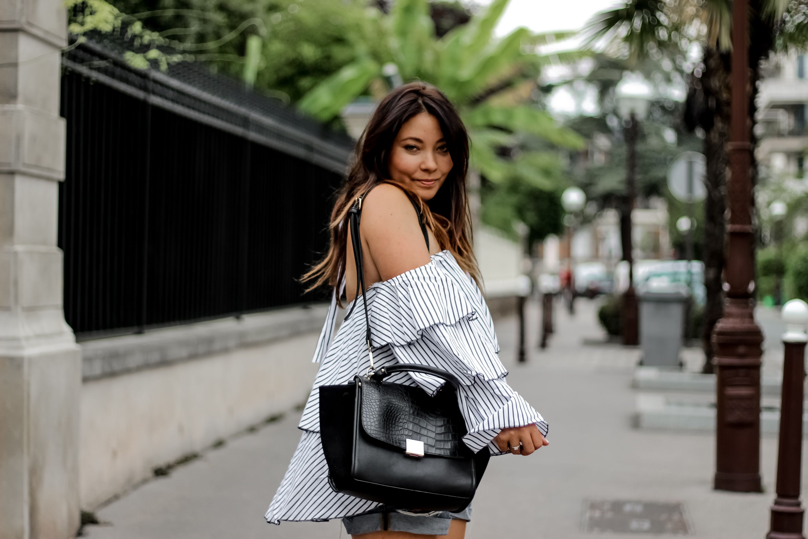 top off shoulder, shein, top bardot, blog mode, blogueuse mode, fashion blogger, palmtrees, sac celine, sandales clous, studded, chaussures inspi maje, no leather, chaussures vegan