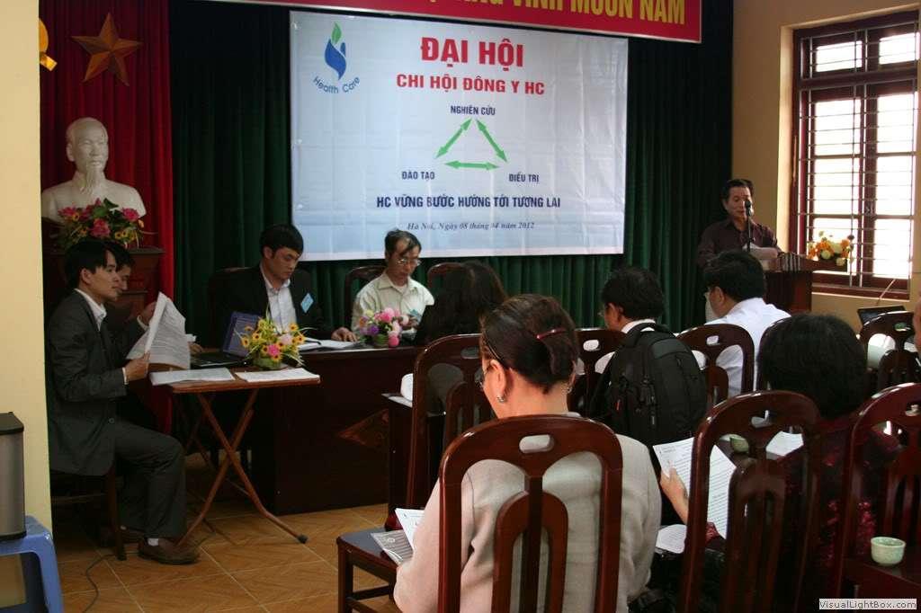 2.ThS BS Vũ Văn Hách đọc diễn văn khai mạc
