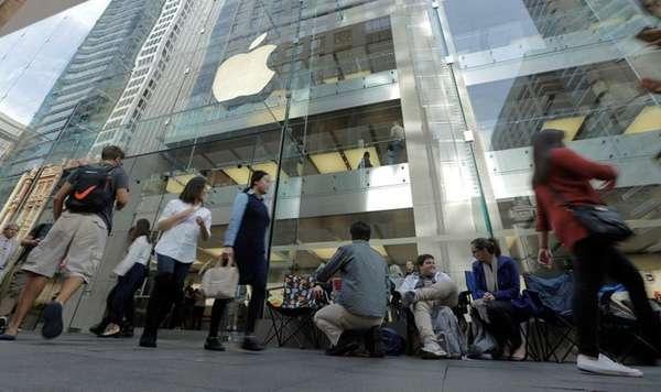 10 năm, Apple đã tạo ra được cả một 'ngành công nghiệp iPhone' khổng lồ
