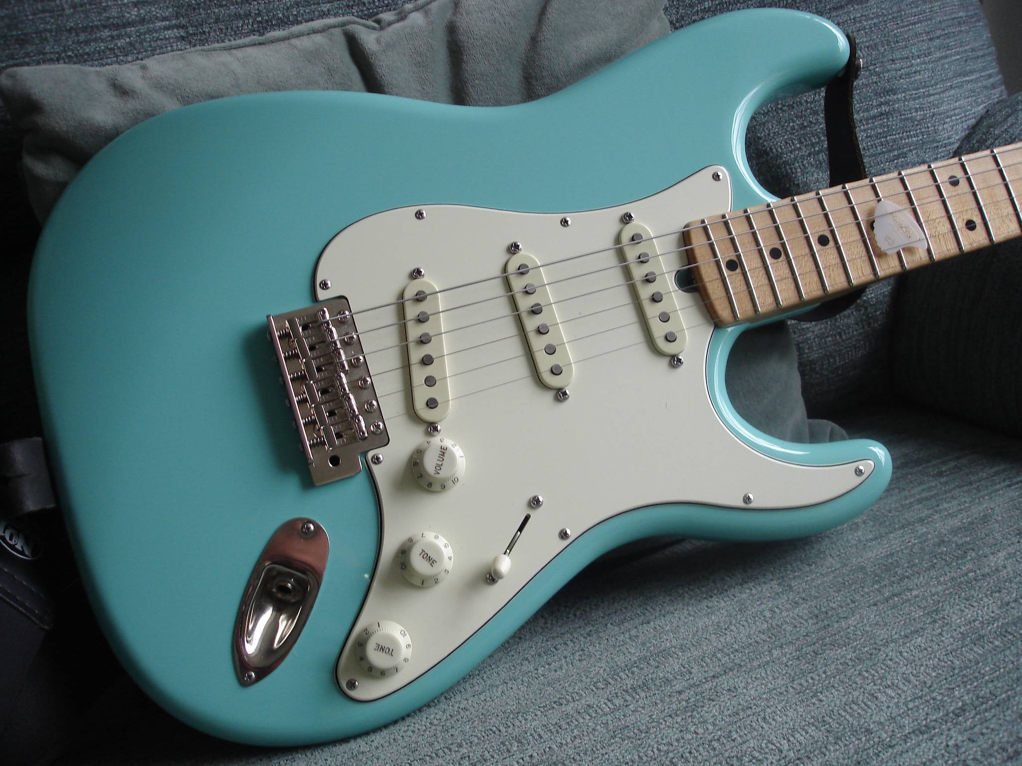 Seafoam Green Guitars Lets See Them The Gear Page Greasebucket Tone Control Telecaster Guitar Forum Pot Not Best Pic To Show Colour But I Feel Eye Hands On Its A Stunning With Even Blueish Hue Going As Well