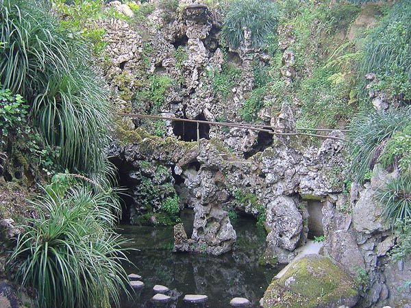 The Initiation Wells of Quinta da Regaleira (Sintra/ Portugal)