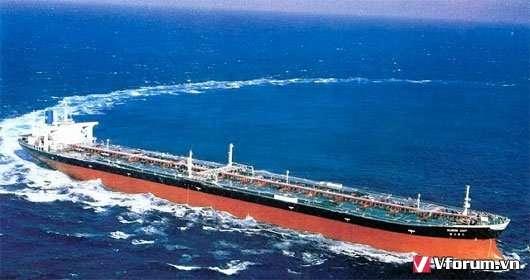 Các lưu ý khi bạn dùng tàu chở dầu để vận chuyển