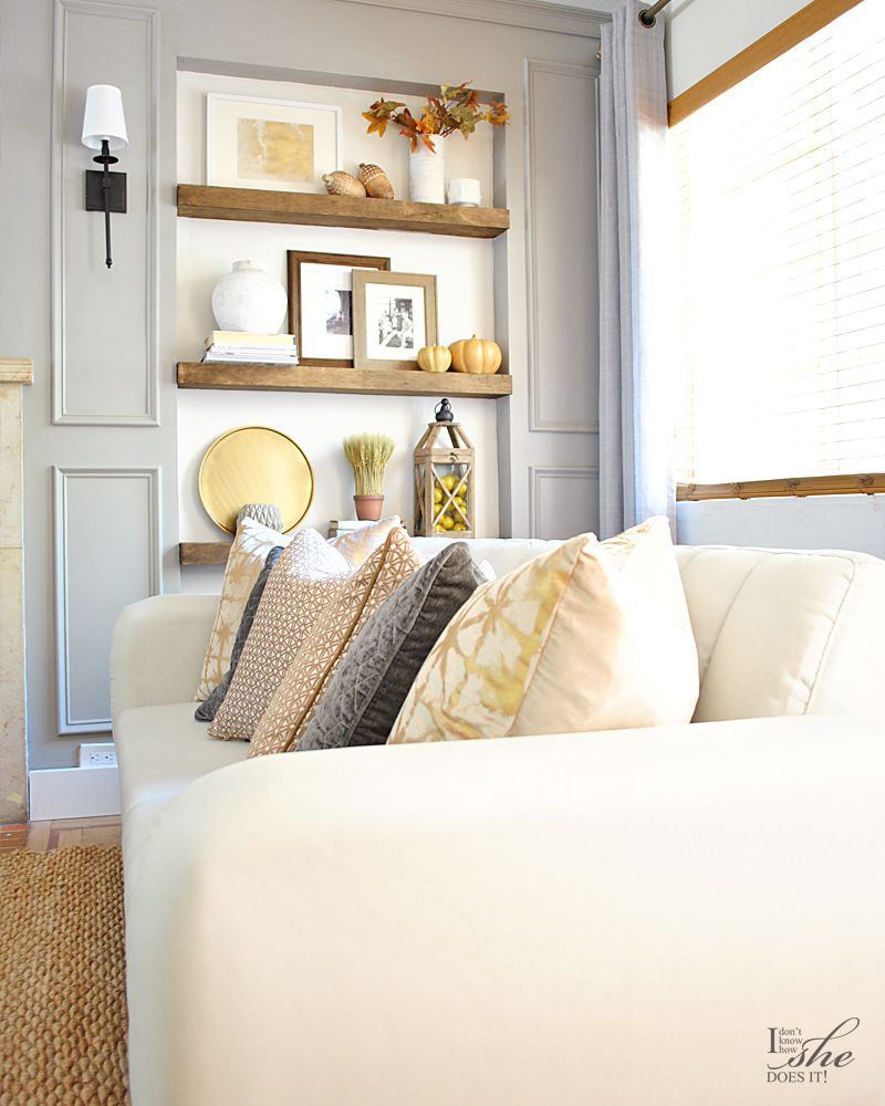 Fall neutral sofa pillows