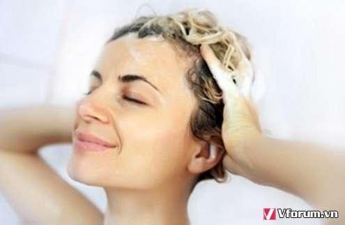 Những sai lầm phổ biến khiến tóc ngày càng thưa mỏng