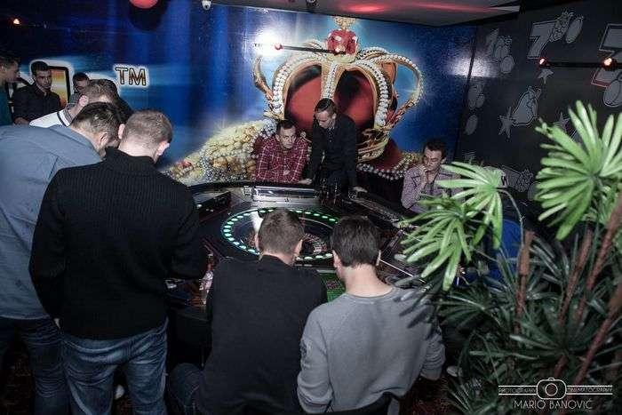 Tuzlarije - Admiral Casino