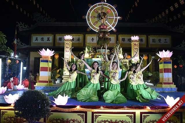 Nam Đông: GĐPT huyện Nam Đông biểu diễn Văn nghệ kính mừng Phật đản Pl.2562