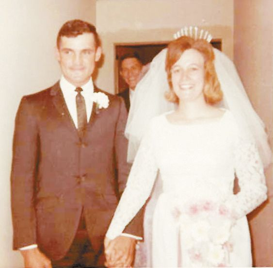 Haley's to Celebrate 50th Wedding Anniversary