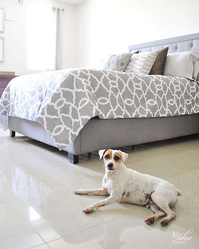Bedroom gray tones
