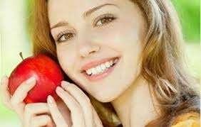 Những công dụng làm đẹp vô cùng hiệu quả từ trái táo