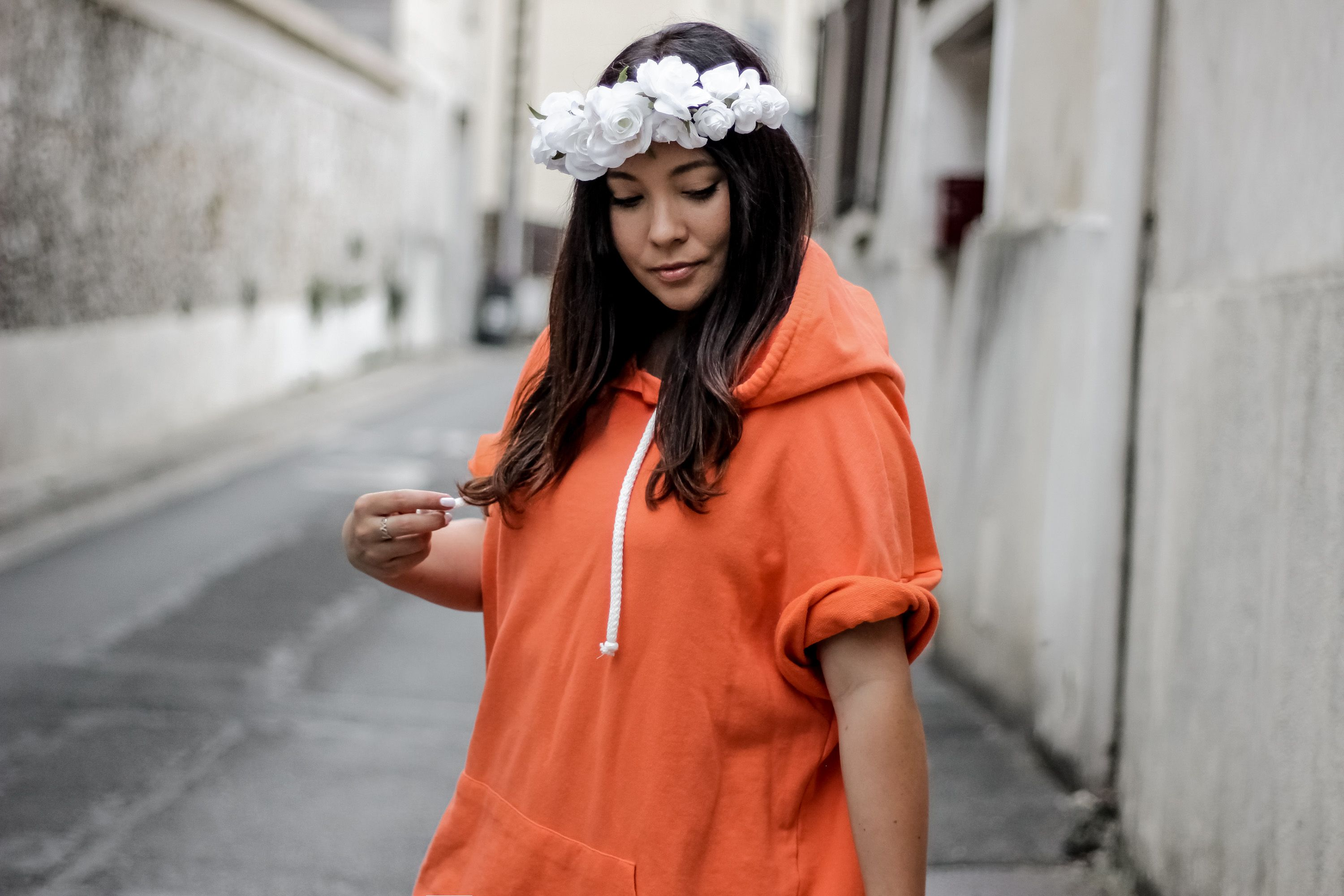 sweat orange, zara, forever 21, pull and bear, espadrilles femme, espadrilles clous, espadrilles blanches, boheme, boho, blog mode, blogueuse, mode, the green ananas, orange, boho, gypsy