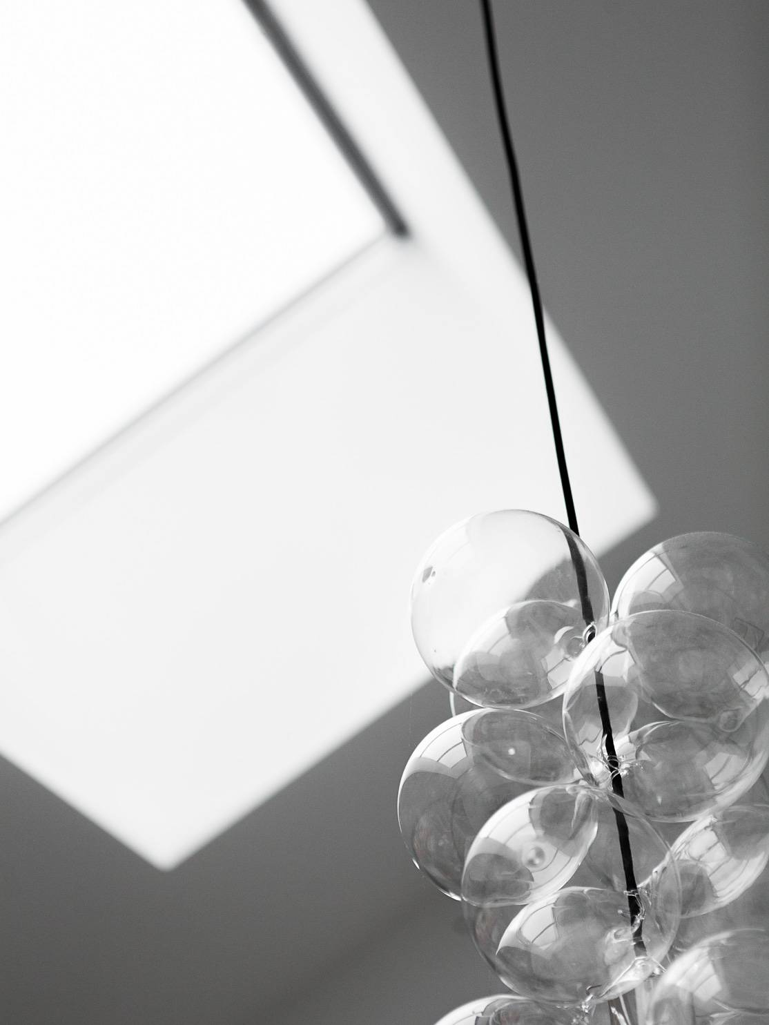 Home tour: Skrå vægge og fede lamper | KreaVilla