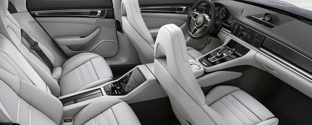 The 2017 Porsche Panamera Interior