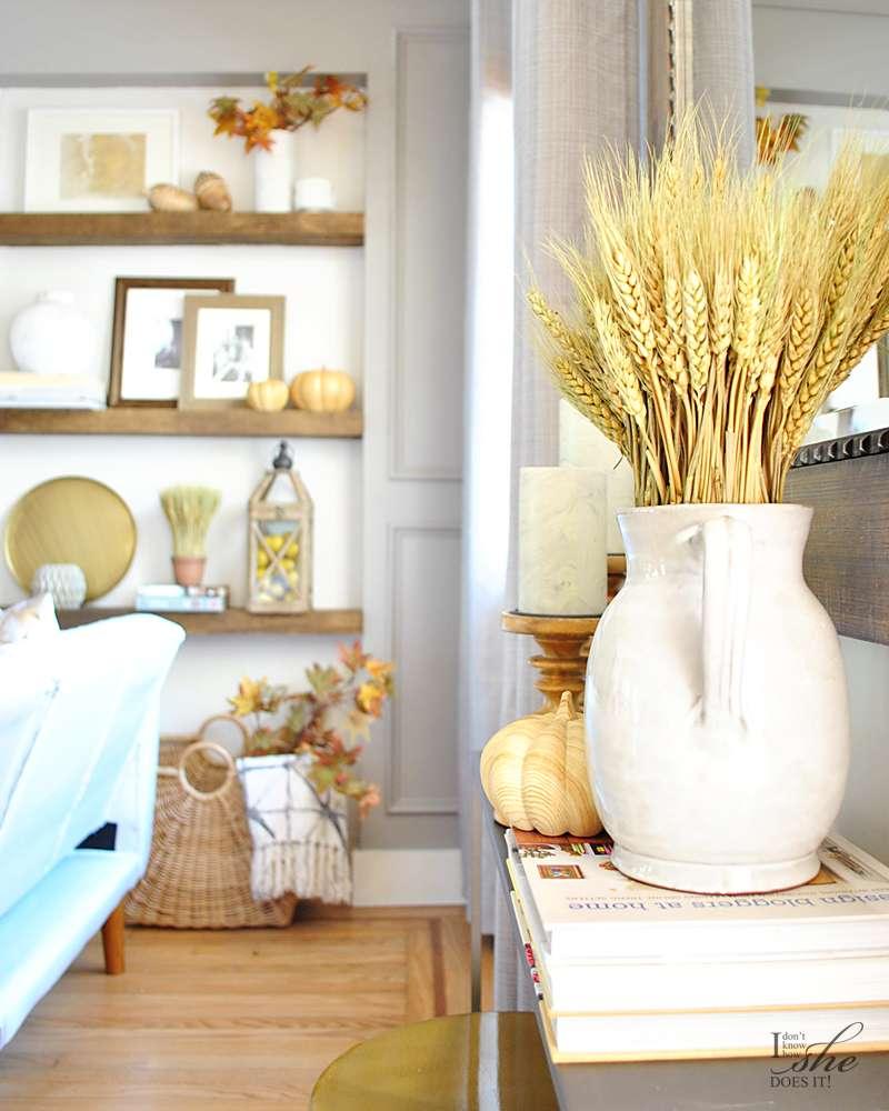 Fall wall shelves styling