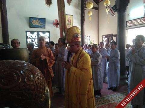 Nam Đông: Chùa Phật Ân huyện Nam Đông tổ chức lễ cầu an và phóng sanh đăng đầu năm Mậu Tuất.