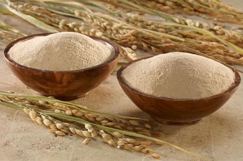 Chia sẻ cách làm đẹp từ cám gạo để có một làn da trắng sáng