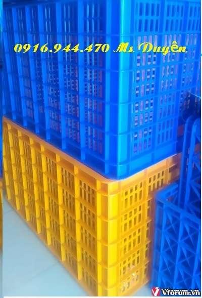 Sóng nhựa công nghiệp 26 bánh xe, rổ nhựa lớn 1186x886x668mm dùng trong may mặc, đựng trái cây