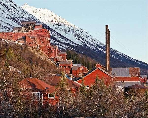 The Kennecott Mines Ghost Town (Kennecott /Alaska)