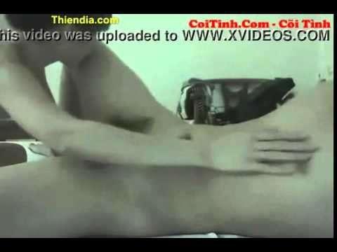 Phim Sex Việt Nam địt em nữ sinh cấp 2 sinh năm 2000 nứng lồn