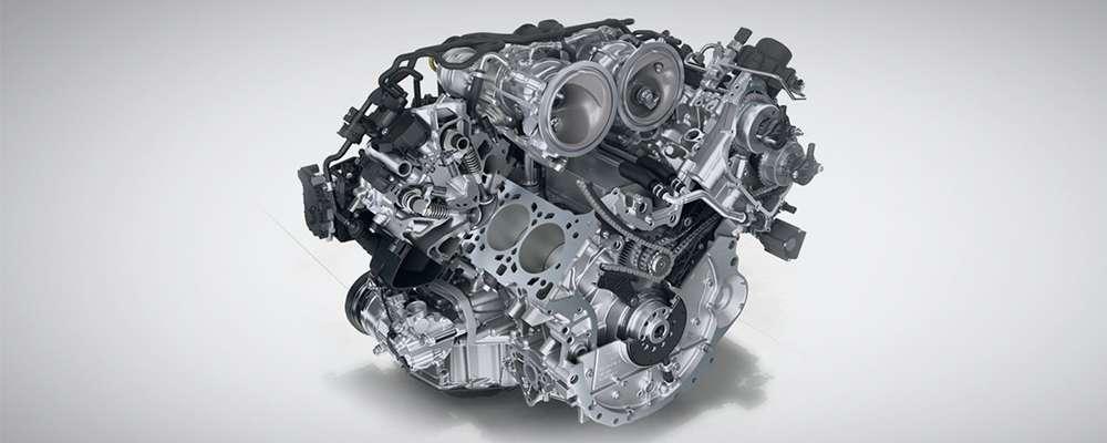 The 2017 Porsche Panamera Engine