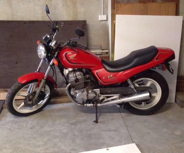 Brother Brought A 1992 Cb250 Nighthawk And Wasnt Running So Hot Thought It Would Be Good Project To Rebuild Customize
