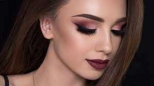 10 xu hướng makeup nhẹ nhàng mà vẫn nổi bật từ sàn runway