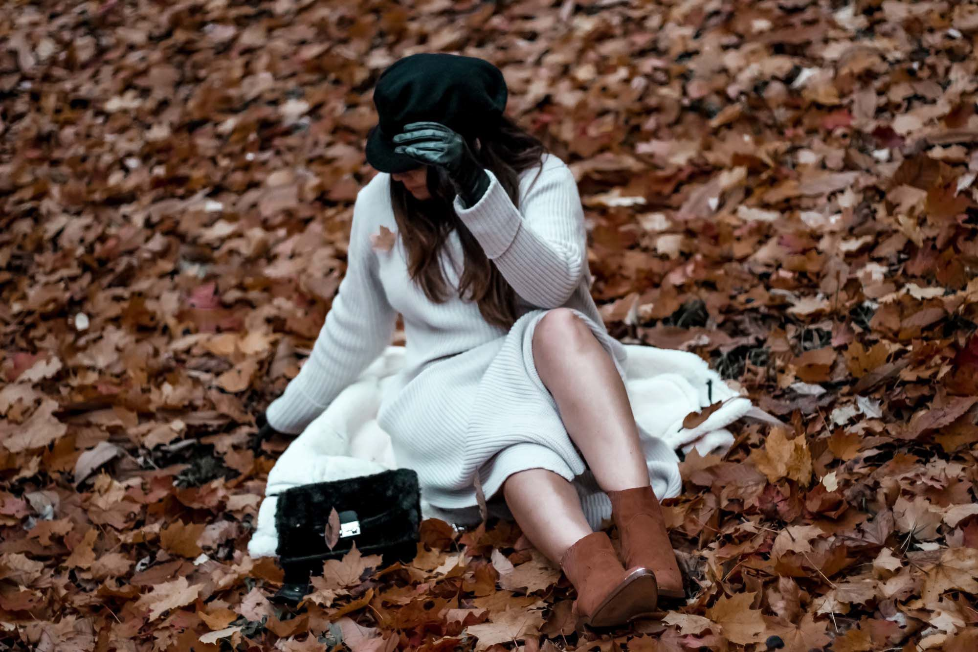 blog mode, the green ananas, fall, automn, feuilles automne, casquette marin, asos, pinterest, blogueuse mode, robe laine, robe pull, fall with asos, santiags, stradivarius, bershka