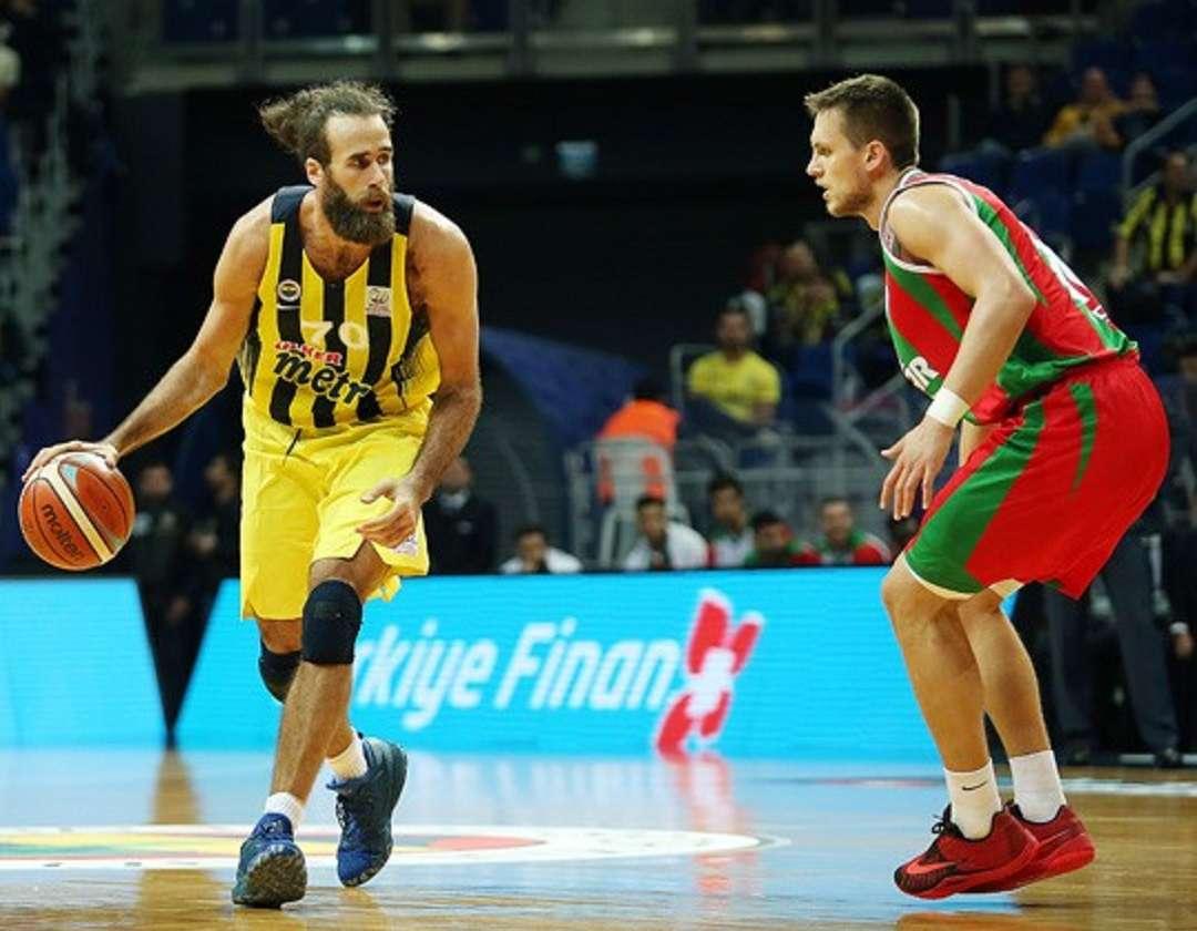 Solida partita di Gigi Datome contro il Pinar (Foto: Fenerbahçe)