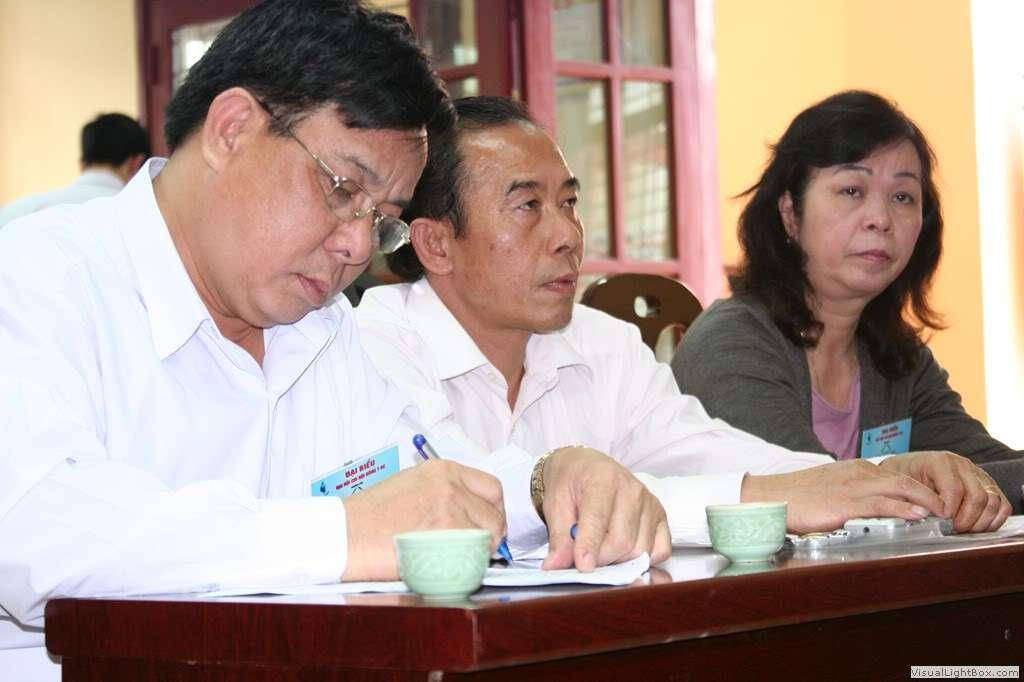 3.Đoàn chủ tịch và thư ký ĐH