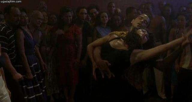 смотреть грязные танцы 2 гаванские ночи